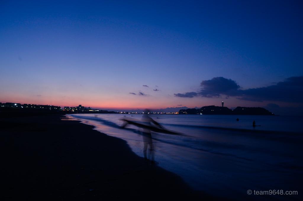 鵠沼海岸 サーファー