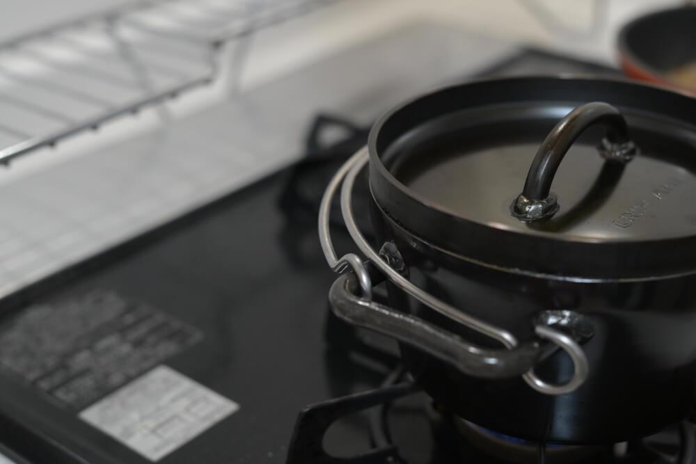 UNIFLAMEのダッチオーブンをワンサイズ大きいのに買い替えたお話