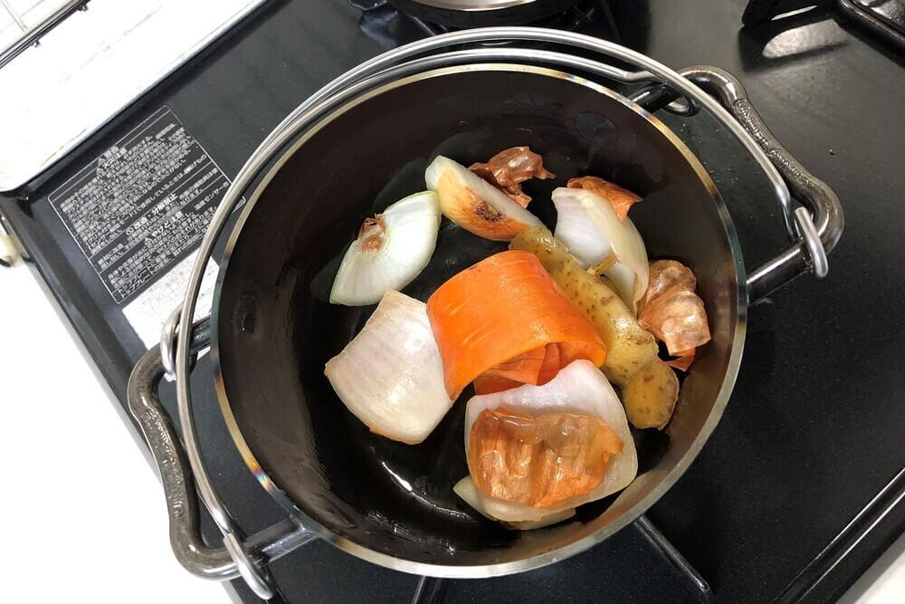 ユニフレーム ダッチオーブン シーズニング